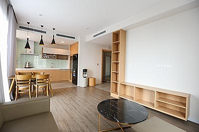 Cozy and modern 01 bedroom apartment on Tay Ho road with large space