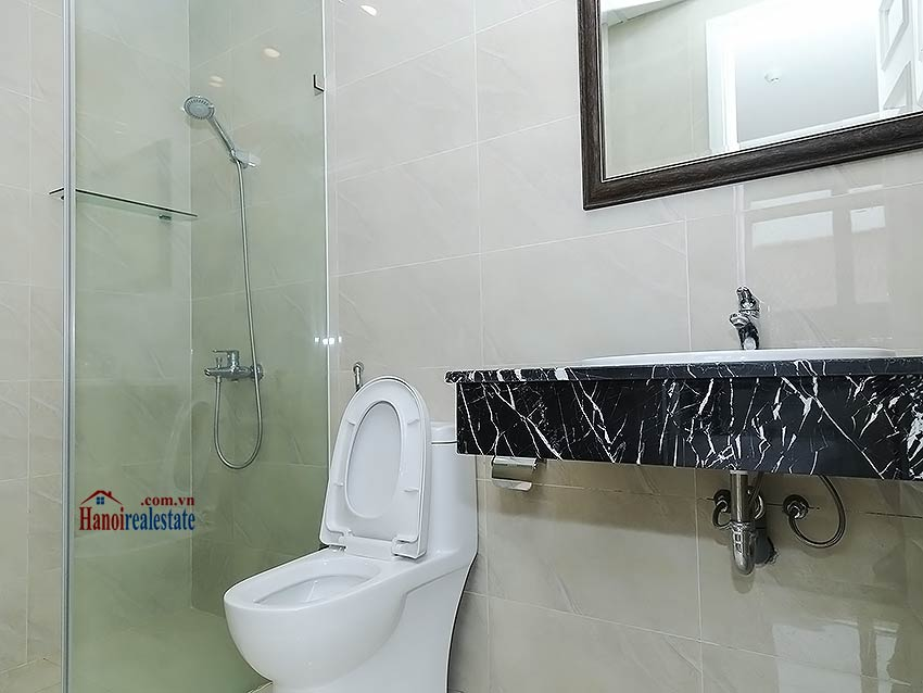 Cozy apartment in Doi Can street, Ba Dinh, 02 bedrooms 15