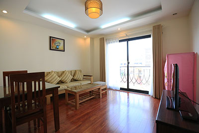 Cozy apartment with 1 bedroom in Au Co street, Tay Ho district