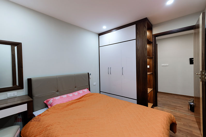 D'. Le Roi Soleil: City view 03BRs serviced apartment on Xuan Dieu Rd, balcony 17