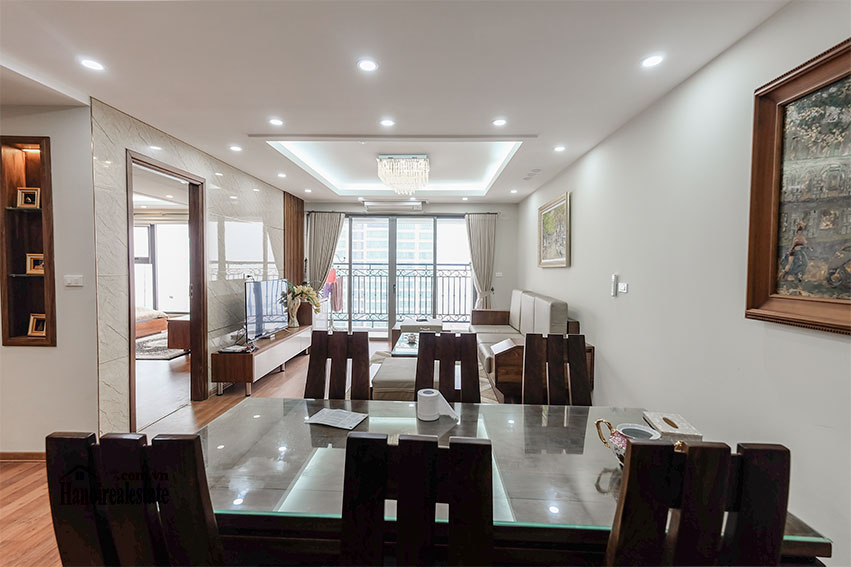 D'. Le Roi Soleil: City view 03BRs serviced apartment on Xuan Dieu Rd, balcony 2