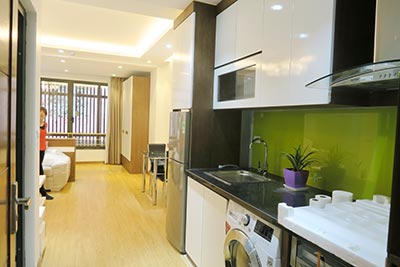 Dong Da District: Brand new spacious studio, near Hoang Cau lake