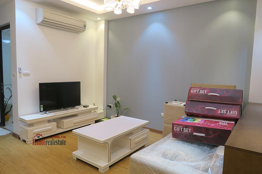Dong Da District: Brand new spacious studio, near Hoang Cau lake 2