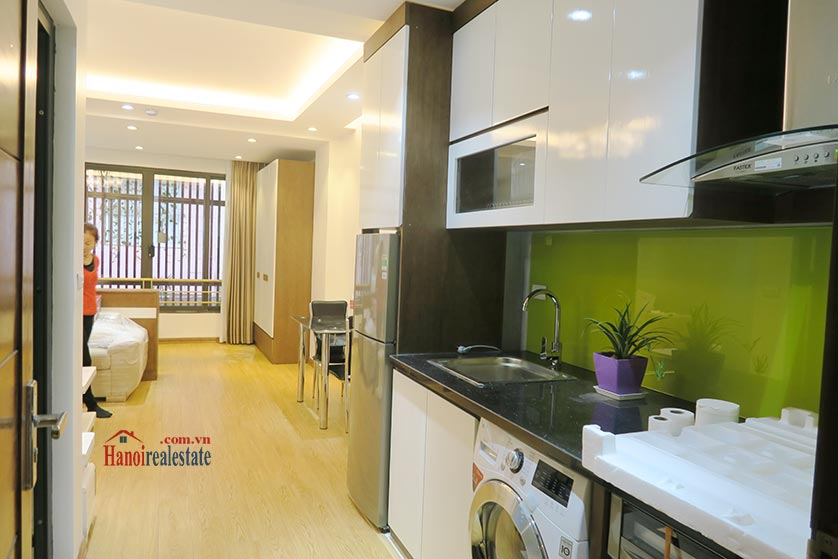 Dong Da District: Brand new spacious studio, near Hoang Cau lake 5