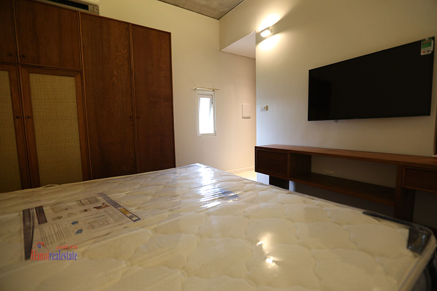 Duplex 02 bedroom apartment on Yen Hoa Street, high floor 11