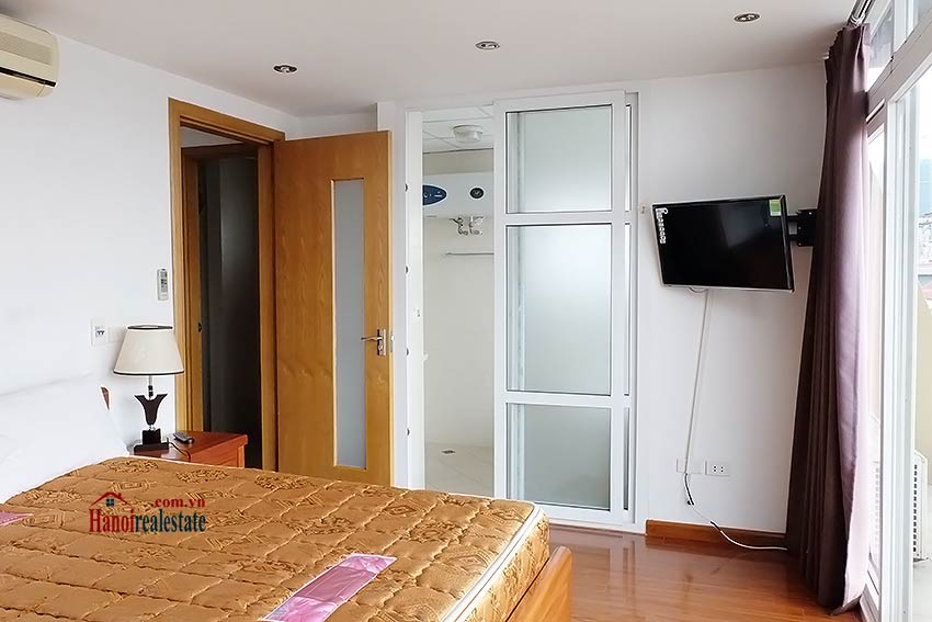 Duplex 02BRs apartment to let in Ba Dinh walking distance to Lotte Tower 10