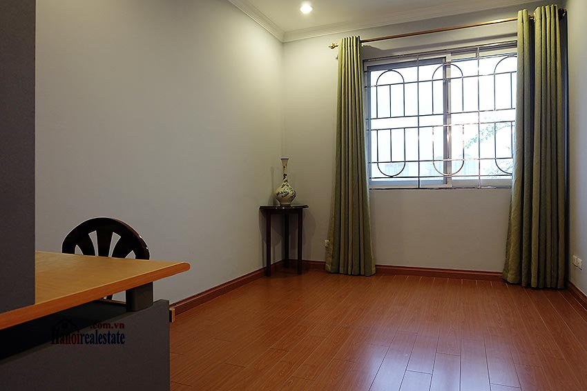 E5 Ciputra: Fully furnished 04BRs apartment, balcony 7