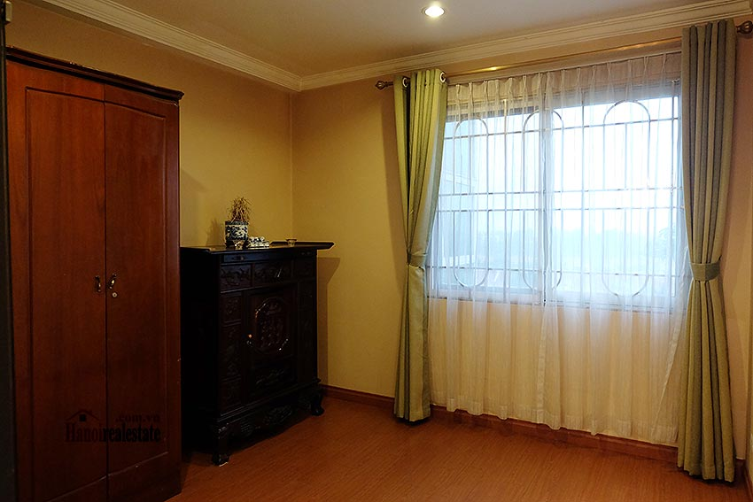 E5 Ciputra: Fully furnished 04BRs apartment, balcony 8