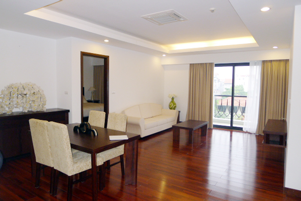 Elegant Suites West Lake Hanoi: Two bed room Executive serviced Apartment