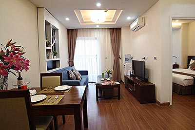Excellent apartment 01BR in Dong Da, 10m walk to Royal City