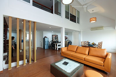 Fabulous Duplex Penthouse 03 bedroom apartment in E Block, Ciputra, high quality full furniture.