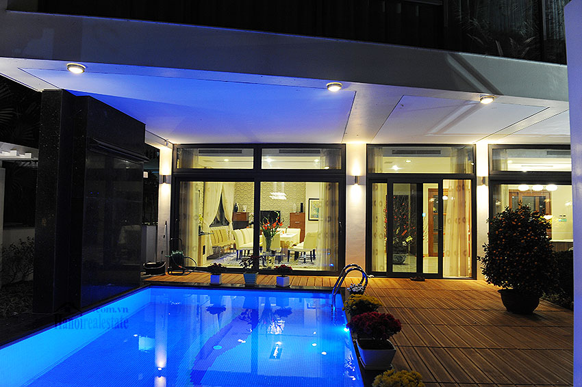 Fantastic and elegant 05BRs villa at Trich Sai St, lake front, swimming pool 12