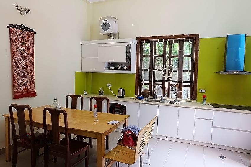 Four bedroom house with garden and cout yard in Ba Dinh 4