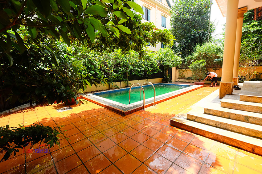 French colonial 06BRs garden villa with swimming pool in Xom Chua 5