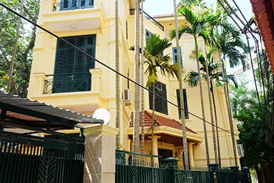French style house for rent on To Ngoc Van, 04BRs, surrounding courtyard