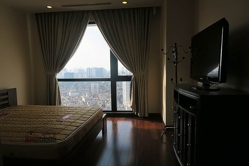 Fully furnished 02BRs apartment to lease at Royal City Hanoi 13