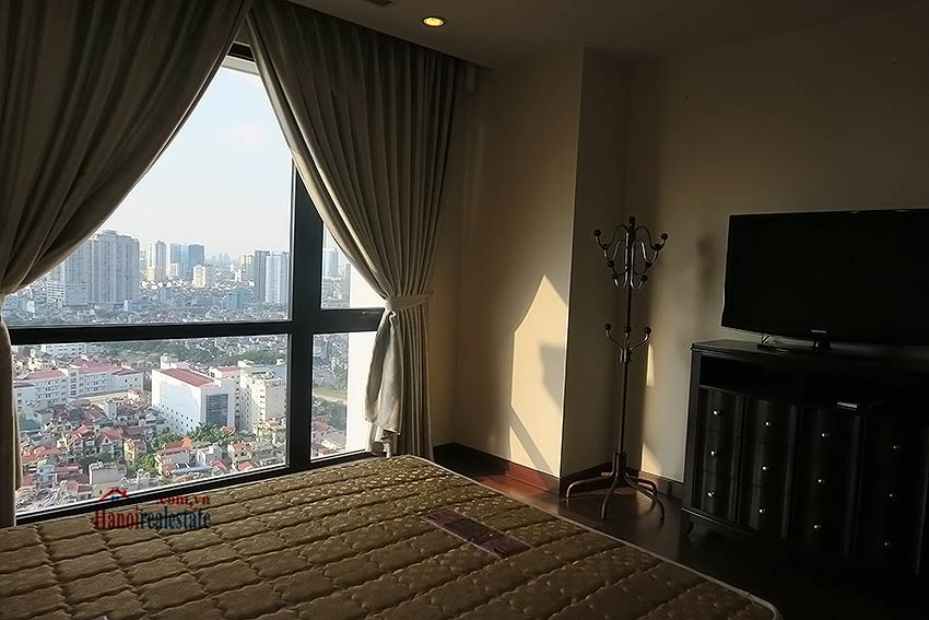 Fully furnished 02BRs apartment to lease at Royal City Hanoi 14