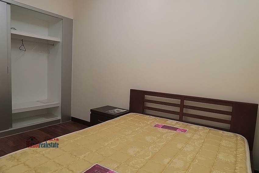 Fully furnished 02BRs apartment to lease at Royal City Hanoi 18