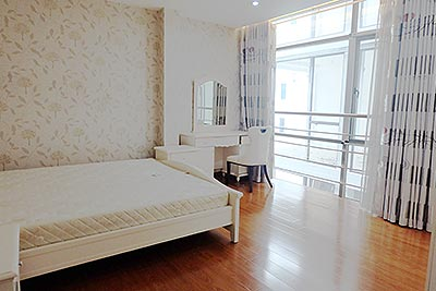 Fully furnished 03br apartment Quan Ngua st, close to Westlake
