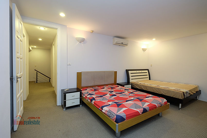 Fully furnished 04BRs duplex penthouse in E5 Ciputra, affordable 17
