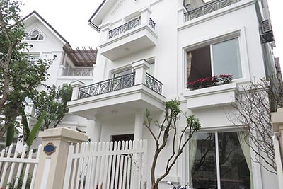 Vinhomes Riverside Hanoi-Fully furnished 04BRs villa in Hoa Phuong