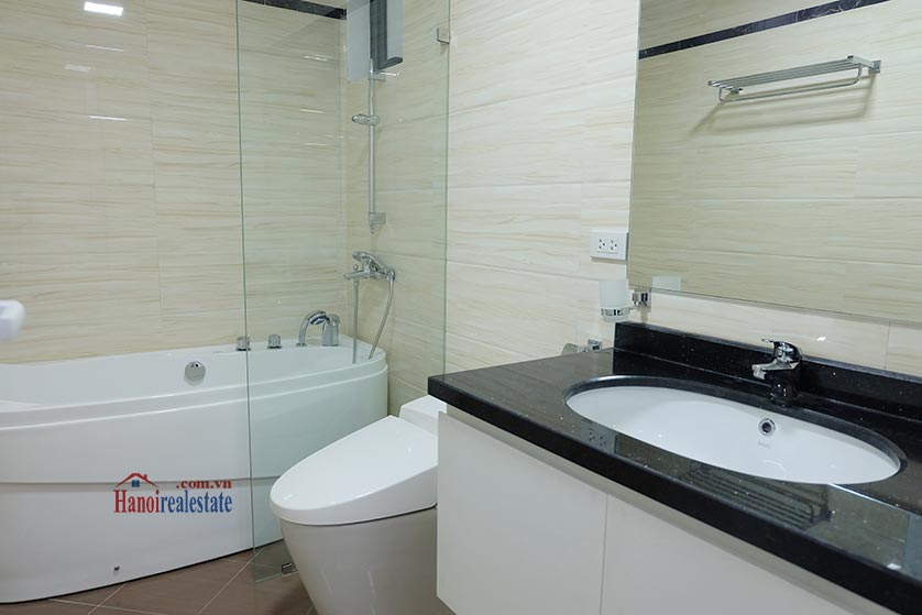 Fully furnished apartment for lease in Dao Tan, Ba Dinh 11