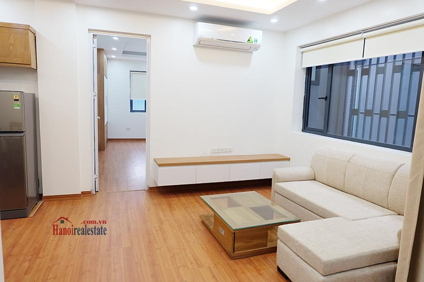 Fully furnished apartment for lease in Dao Tan, Ba Dinh 4