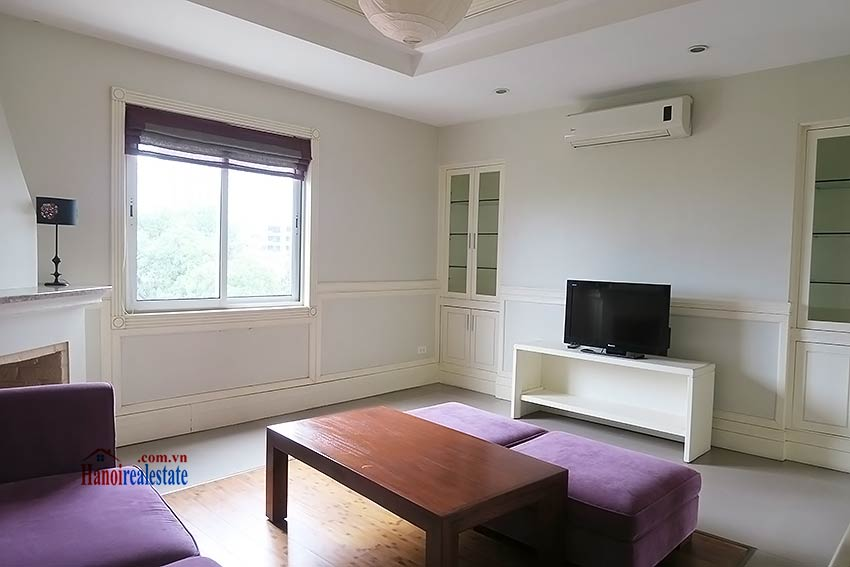 Furnished 02 beds apartment to rent on Ba Trieu St, short walk to Hoan Kiem lake 2