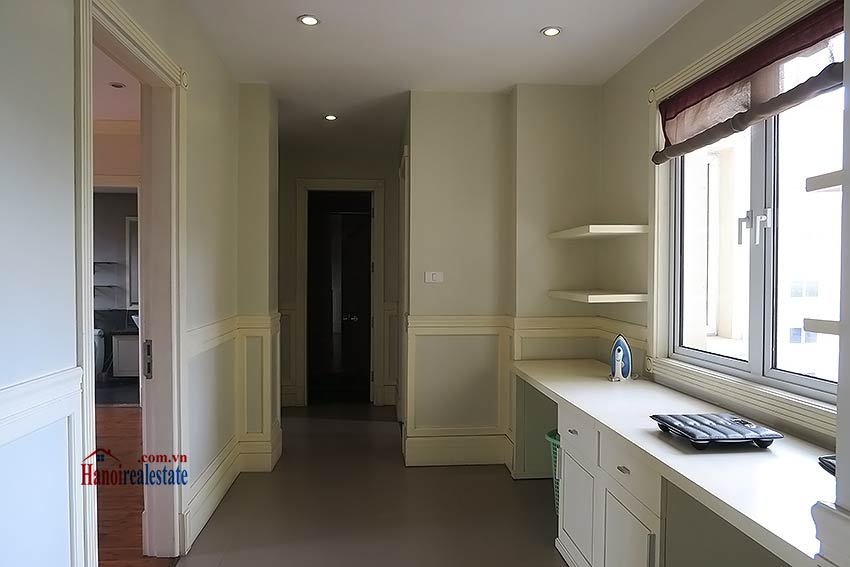 Furnished 02 beds apartment to rent on Ba Trieu St, short walk to Hoan Kiem lake 9