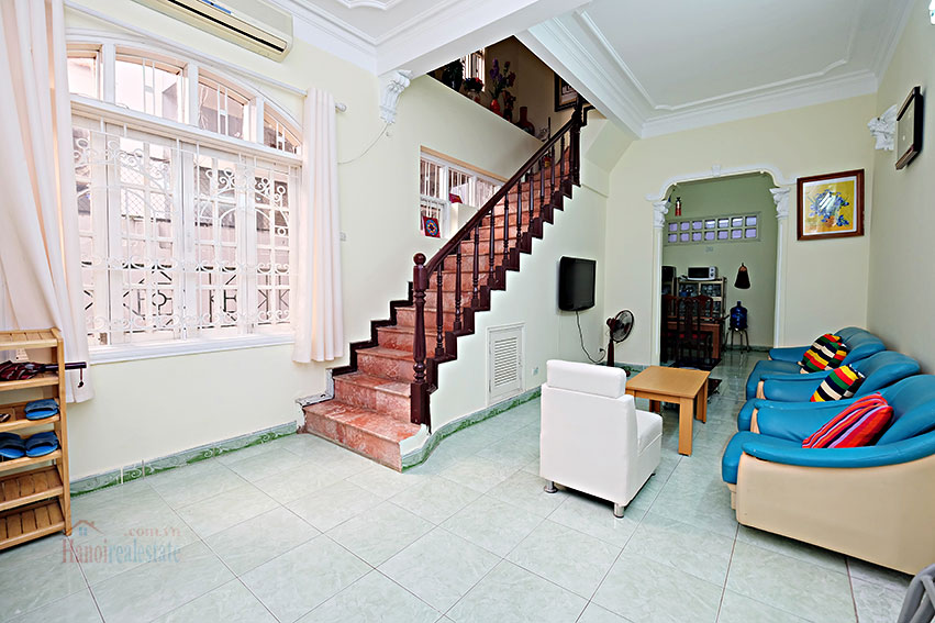 Furnished 4-bedroom house in Tay Ho-WestLake for rent 2