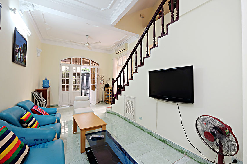 Furnished 4-bedroom house in Tay Ho-WestLake for rent 3