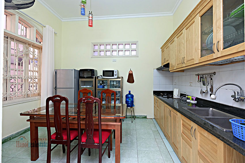 Furnished 4-bedroom house in Tay Ho-WestLake for rent 4