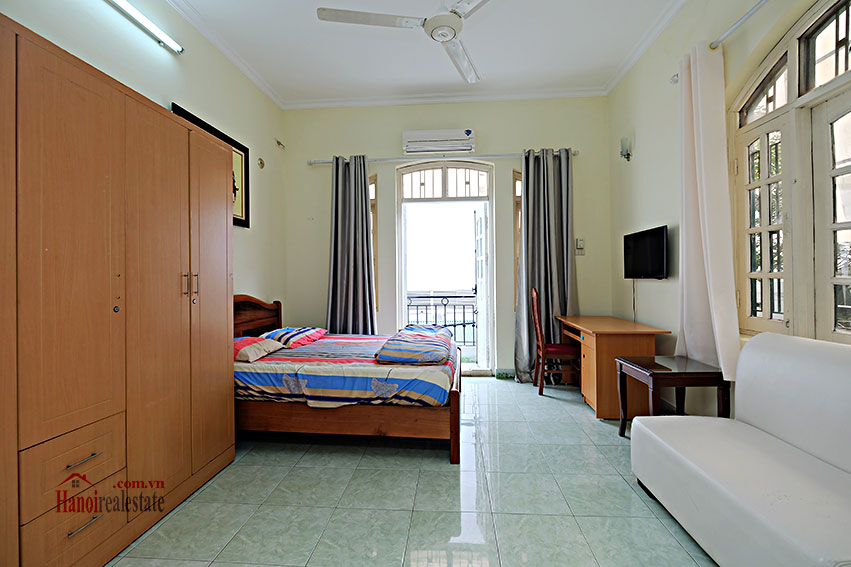 Furnished 4-bedroom house in Tay Ho-WestLake for rent 6