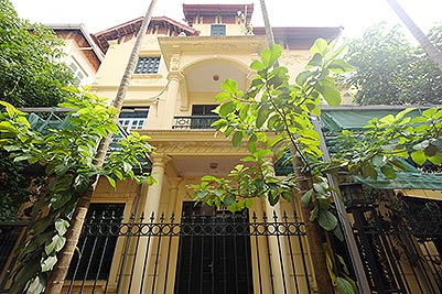 Furnished 4-bedroom house to lease in Tay Ho-Westlake, Hanoi
