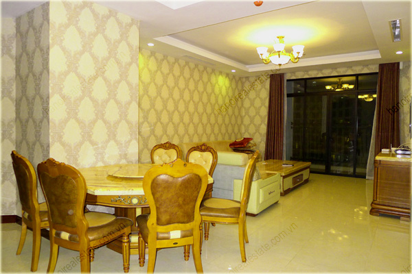 Furnished Apartment at Royal City Hanoi, 196m2, 3 bedrooms 1