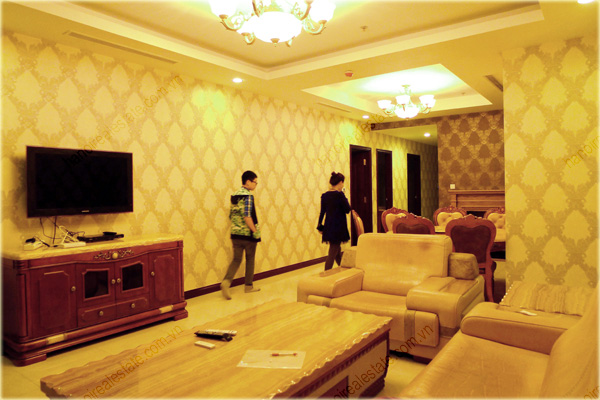 Furnished Apartment at Royal City Hanoi, 196m2, 3 bedrooms 2