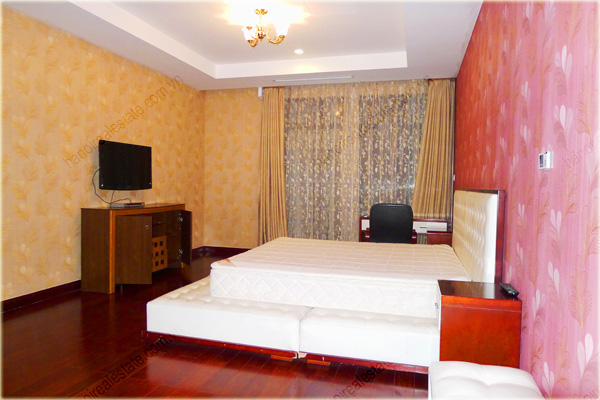 Furnished Apartment at Royal City Hanoi, 196m2, 3 bedrooms 8
