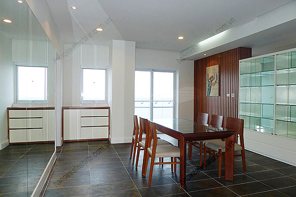 Furnished Bright and modern 4BR Apartment for rent in Golden West Lake Hanoi 8