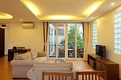 Charming 3 Bedroom apartment Rental in Tay Ho (Westlake), large balcony