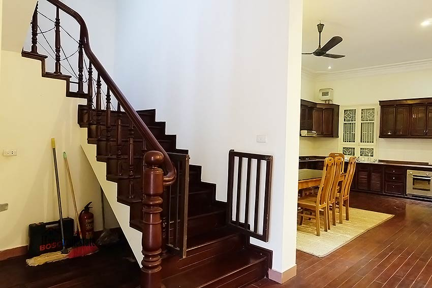 Garden furnished 03 bedroom house to rent in Tay Ho, Hanoi 5