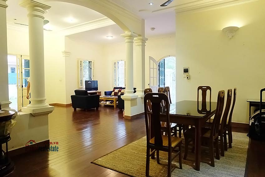 Garden furnished 03 bedroom house to rent in Tay Ho, Hanoi 6