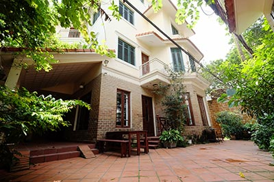 Garden house with furnished & terrace on To Ngoc Van to rent