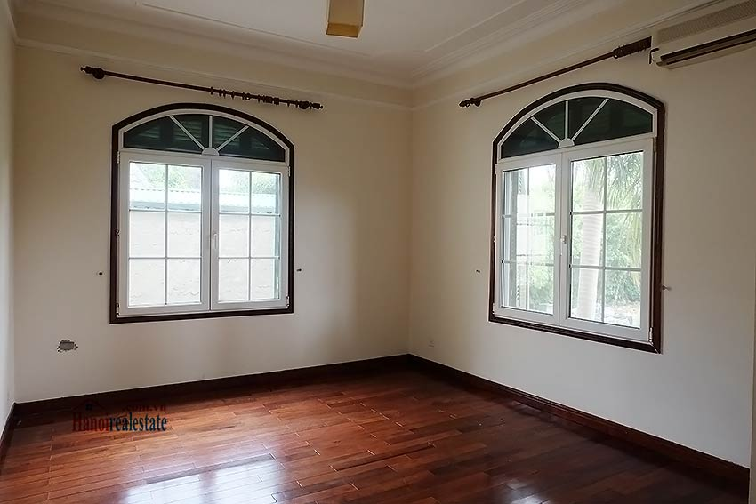 Garden unfurnished 05 bedroom house to let in Tay Ho with top floor terrace 13