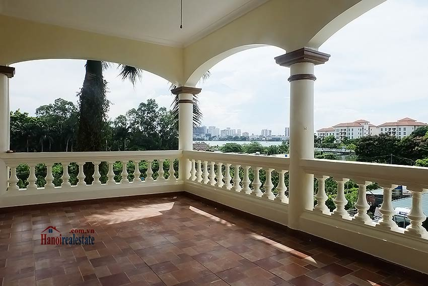 Garden unfurnished 05 bedroom house to let in Tay Ho with top floor terrace 17