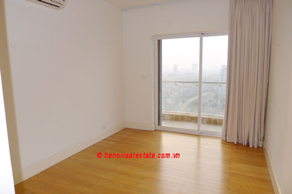 Golden West Lake, Apartment has a big stay lounge overlooking West Lake for rent 12