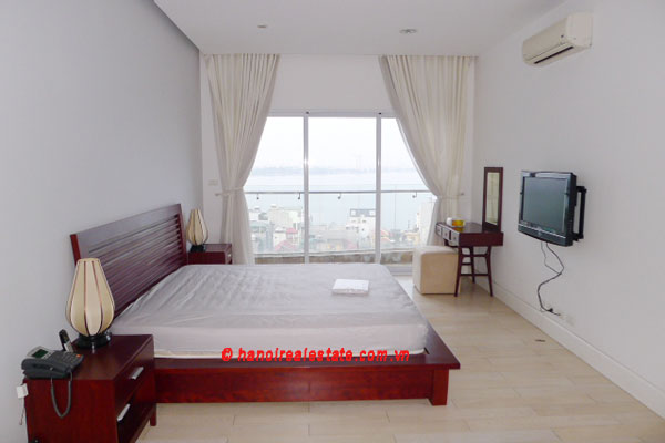 Golden West Lake Hanoi | Duplex Apartment has 250 m2 living area, large terrace for rent 10