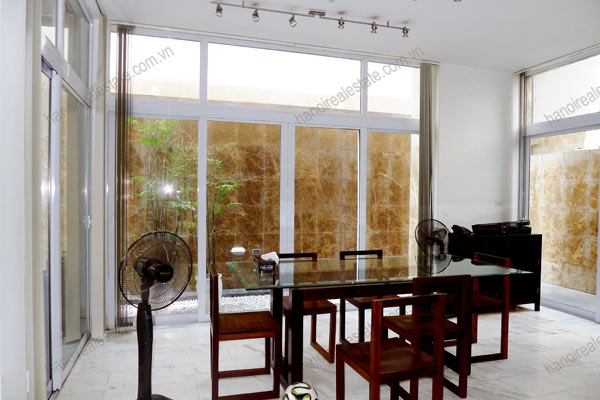 Golden West Lake, luxury 5 bed villa for rent, well equipped and furnished 9