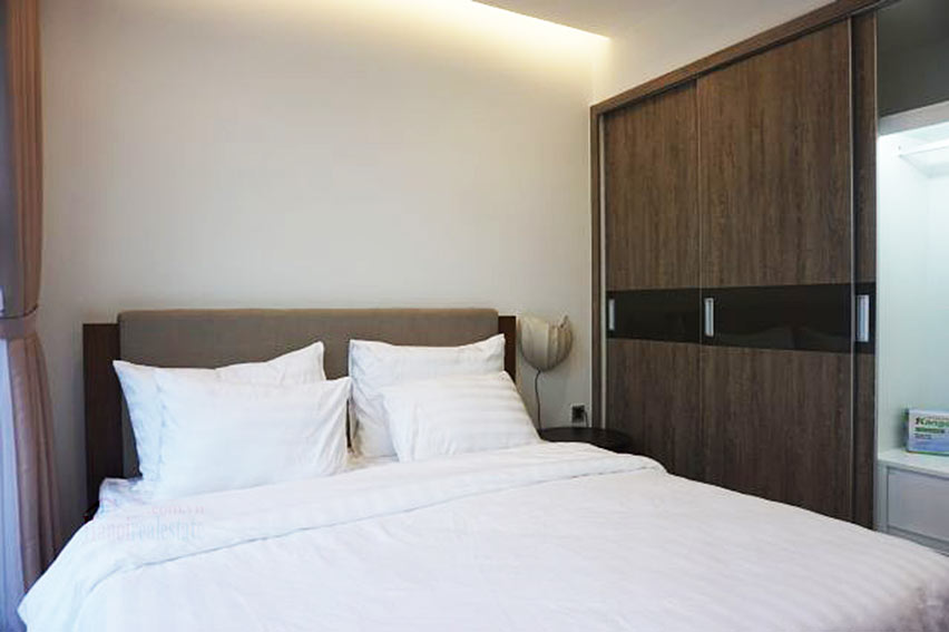 Good view apartment in Vinhomes Metropolis, Ba Dinh District 12