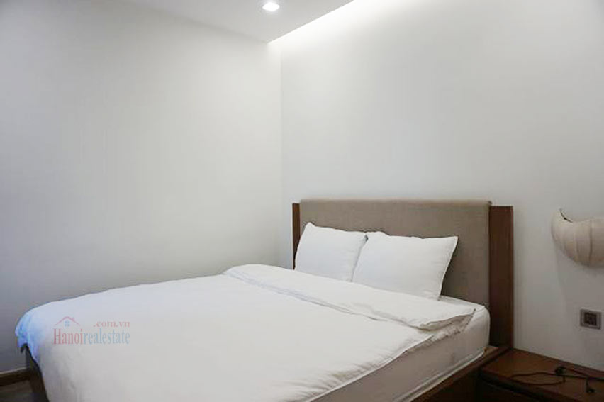 Good view apartment in Vinhomes Metropolis, Ba Dinh District 14