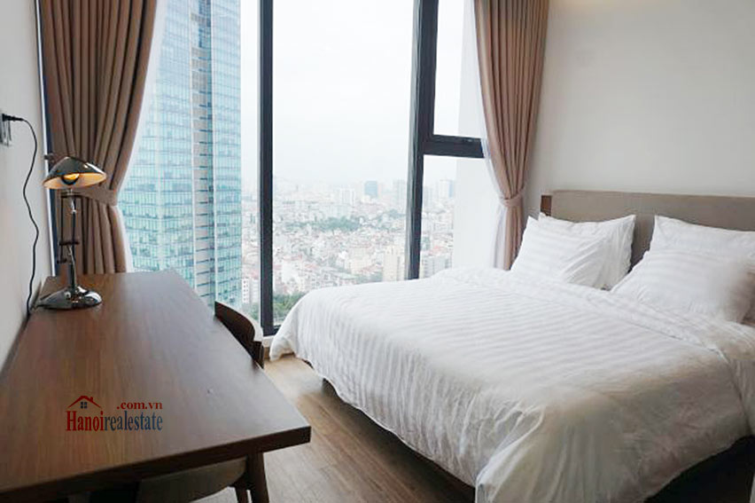 Good view apartment in Vinhomes Metropolis, Ba Dinh District 15